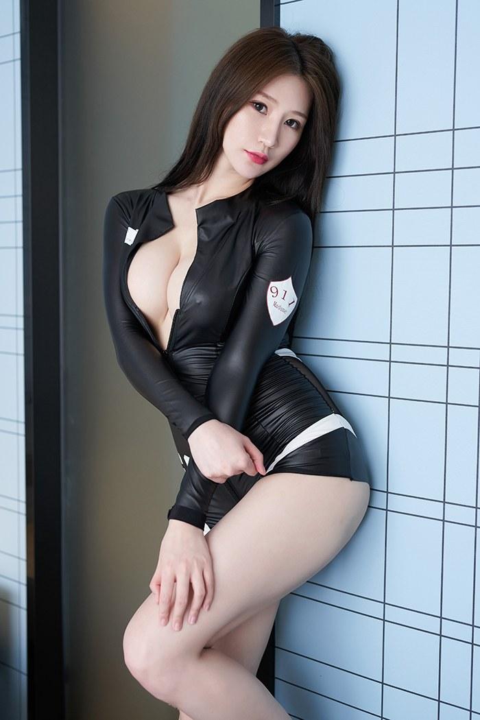高挑人妻顾乔楠绝色胴体全裸诱惑美女图