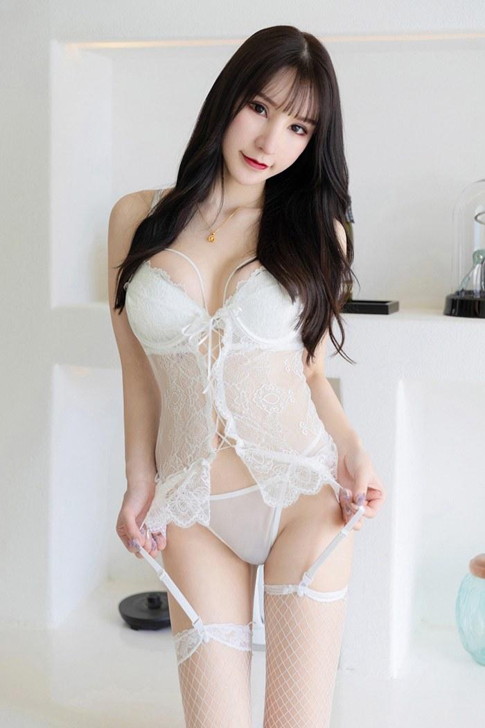 裸色天使周于希蜜汁美臀疯狂勾引美女写
